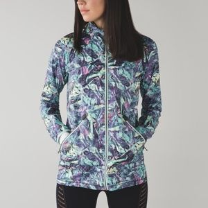 Lululemon Miss Misty rain jacket multi 8 EUC